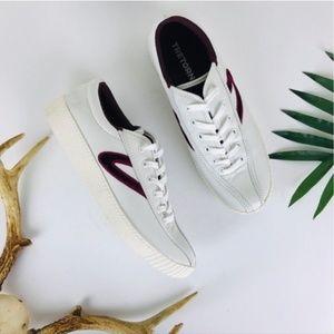 Tretorn White Nylite 15 Plus Velvet Stripe Sneaker